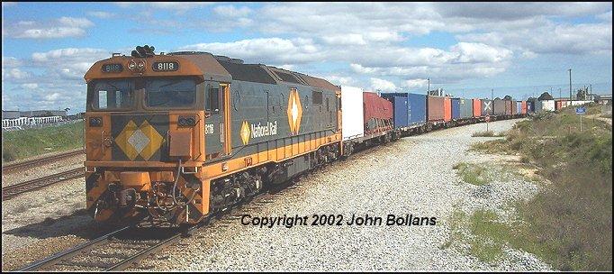 8118 shunts at Kewdale on 8 Sept 2002